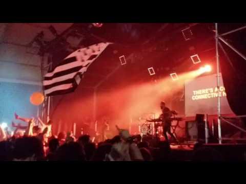 """Download Festival France 2017 - Carpenter Brut - """"Maniac"""""""