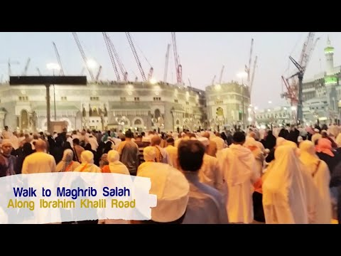 Walk along Ibrahim Khalil Road to the Haram Makkah during umrah