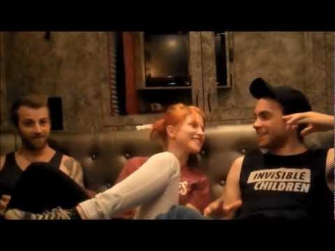Hayley Williams and Taylor York From ParamoreDecoy The Final Riot! HaylorTayley Moments