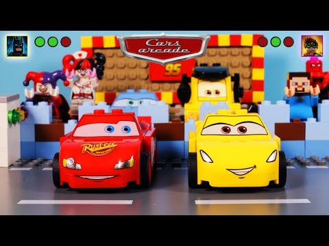 Lego Disney Cars 3 Arcade StopMotion Video-Game Lightning McQueen vs Cruz Ramirez CARTOON