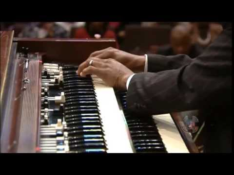 Derrick Jackson at West Angeles COGIC - Organ Solo with Praise Break