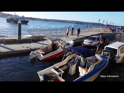 Sinking boat on sydney harbour 2017