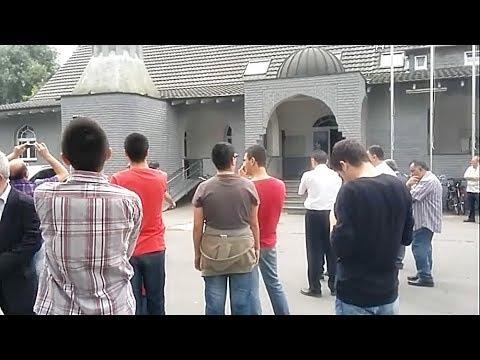 Minarede İlk Salâ (Almanya) - Mehmet...