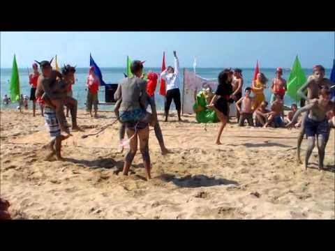 видео нудисты на празднике нептуна