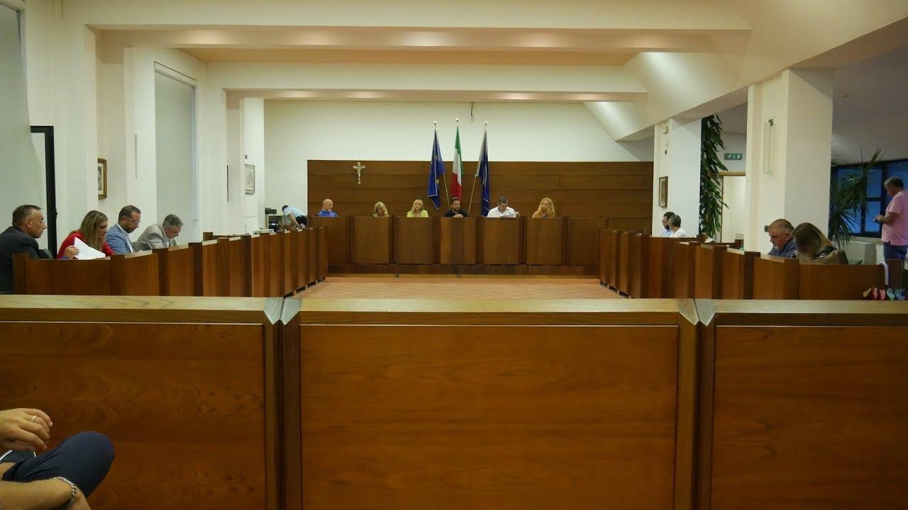 Atripalda - Il consiglio comunale inizia in ricordo di Ambrogio Fraire.