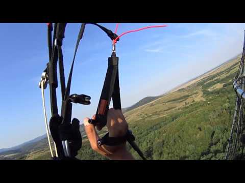 Wrong trimmers settings on take off  Beginner paramotor over Taut lake