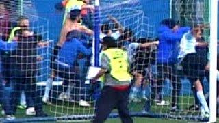 Un nuovo gravissimo episodio macchia il mondo del calcio italiano, nello specifico quello campano. a fine primo tempo della partita tra giugliano e virtus vo...