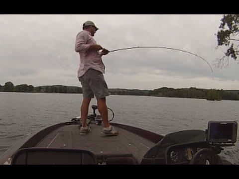 Lake Hamilton Bass Fishing: Using Crankbaits And Topwater