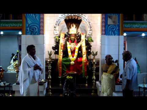 om Navasakthi nayaki ampal kugathas  speech  கவிமாமணி குகதாஸ் அருள் உரை