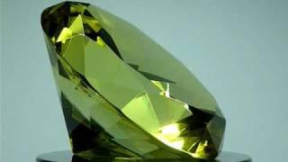 GLASS DIAMOND PAPERWEIGHT TOPAZ YELLOW 80MM