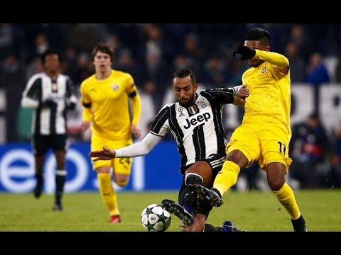 تحركات مهدي بنعطية أمام دينامو زغرب  Mehdi Benatia Vs Dynamo Zagreb  07.12.2016720p