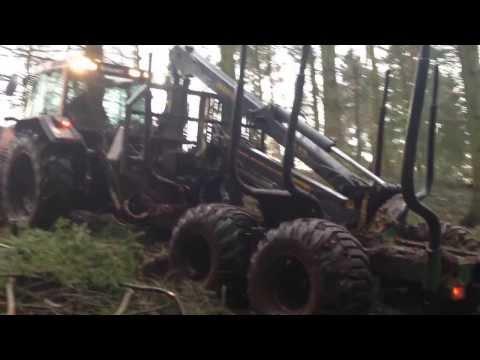 farma CT 14 4WD forwarding trailer with 8.5m crane climbing 25 degree slope