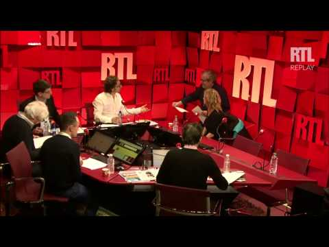 Stéphane Bern reçoit Sandrine Bonnaire dans A La Bonne Heure du 26 03 15 Part 1 - RTL - RTL