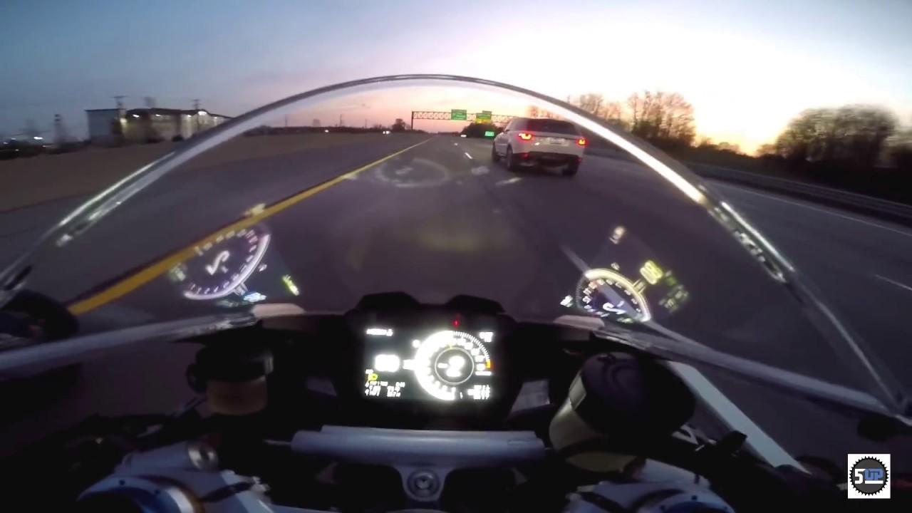 Ducati v4 speciale vs two BMW S1000rr's