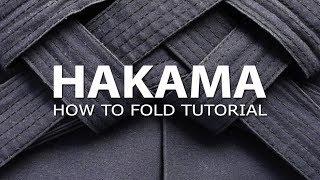 Aikido Tutorial: How to fold a Hakama - Como doblar una Hakama