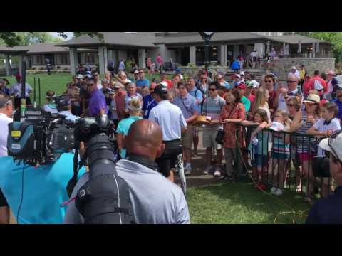 Brooke Henderson celebrates win at Meijer LPGA Classic