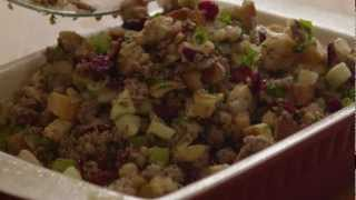 How To Make Awesome Sausage, Apple, And Cranberry Stuffing
