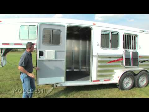 Tour the Featherlite Model 8541 Horse Trailer: Our most popular