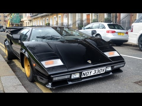 LOUD Lamborghini Countach S in London! Start-up and driving scenes [HD]