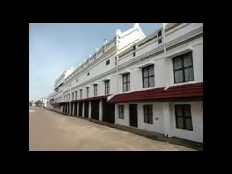karaikudi kanadukathan palace - YouTube