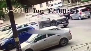 Цепная авария в Пятигорске попала на камеры видеонаблюдения