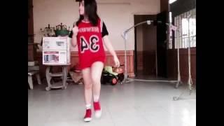 """Shuffle dance cover """" Không Yêu trả dép bố về"""" Sơn beat"""