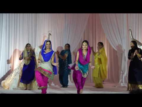 Jago Aaya (a folk dance of Punjab) by SNM Chicago dance group
