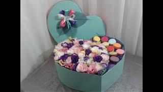 Цветочная коробочка с макарунами.  Flower box with macaroons