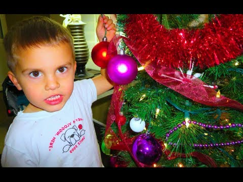 how to decorate a christmas tree youtube - Shaytards Christmas