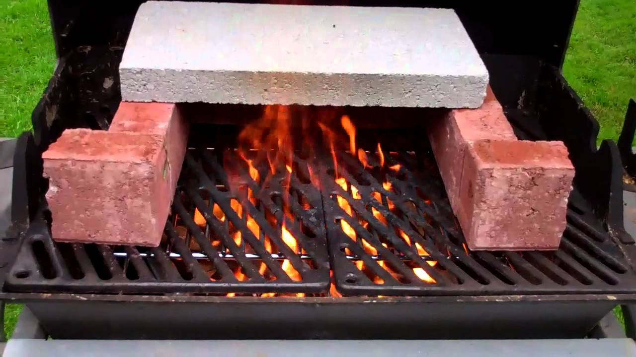 Turn your old bbq into a wood fired oven  YouTube