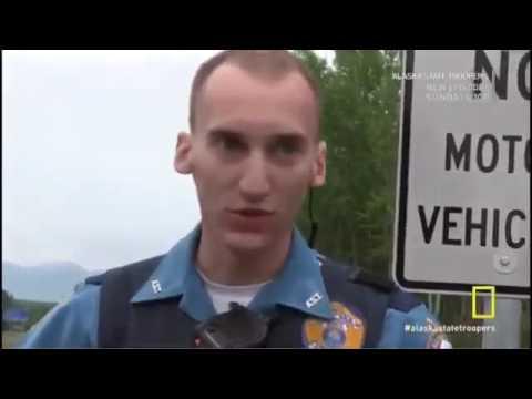 Alaska State Troopers S05E01   Season 5 Episode 1   Trail of Blood