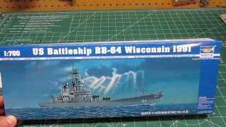 Trumpeter 1/700 U.S.S. Wisconsin BB64 Battleship 1991 Model Kit Open Box Review