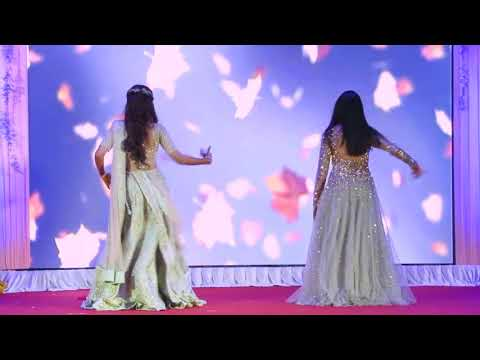 Chunari Chunari song || Two girl Beautiful Dance in Wedding