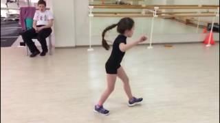 Смотреть видео аксель прыжок в фигурном катании
