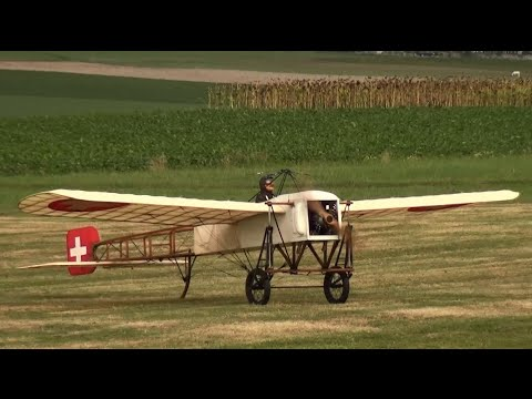 250ccm Radial Engine Louis Blériot Blériot XI R/C Oldtimer-Airplane History at the End