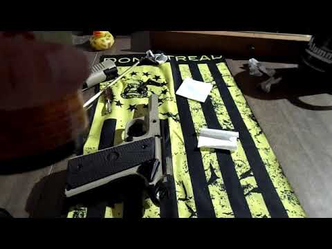 Cleaning a M1911 a1 cs