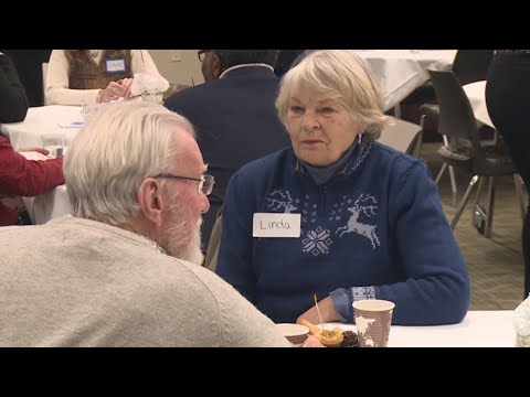 Senior Speed Dating: Older Adults Look For Love