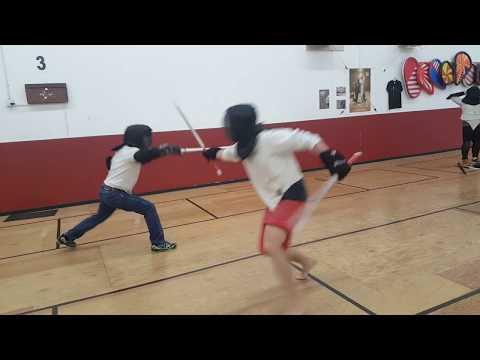 European Rapier v.s. Thai Double Swords