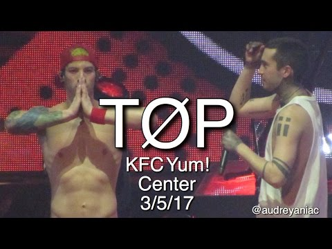 twenty one pilots - KFC Yum! Center Louisville, KY 3/5/17 - FULL SET