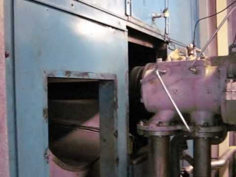 GE LM1600 gasturbine startup and drives the Generator