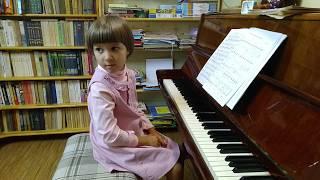 Марианна Лемешкина. 5 лет. Работа над педальной прелюдией С.Майкапара (открытый урок)
