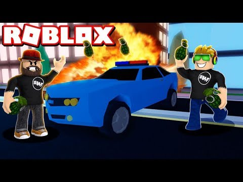 DESTROYING EVERYTHING WITH GRENADES in ROBLOX JAILBREAK!!!