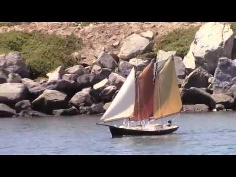 Sailing Scratchbuilt RC Model Yachts