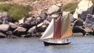 Sailing Scratchbuilt RC Model Yachts