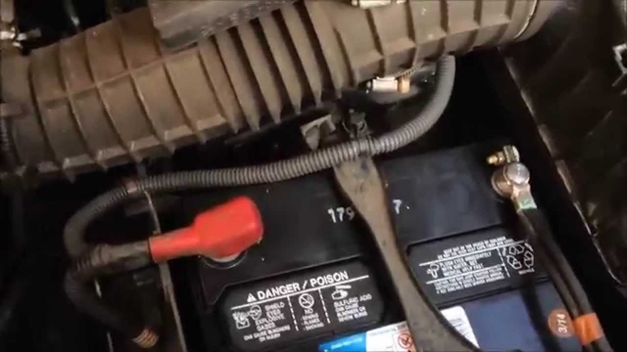 Replacing Car Battery Honda Pilot