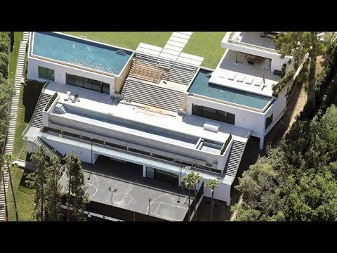 EXCLUSIVE - Jay Z And Beyonce's Pools Are Leaking At $88 Million Bel Air Mansion!