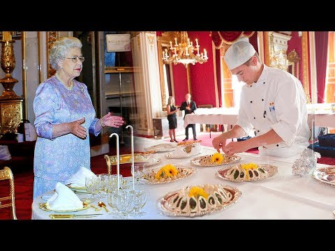 The Queen's advertising for a new Buckingham Palace CHEF - w