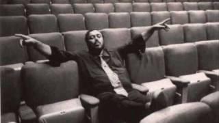 Luciano Pavarotti. Già il Sole dal Gange. 1973.