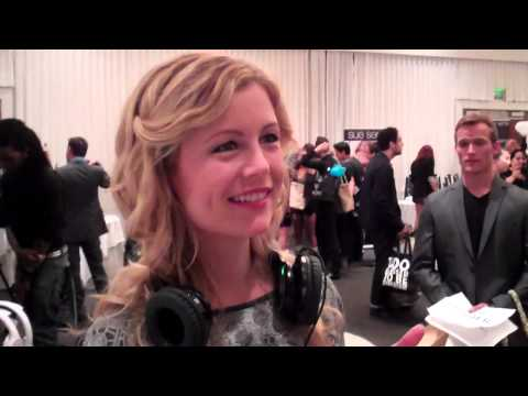 Flipping Out  Kim Poirier reacts to new Headphone Speaker Hybrid by FLIPS™