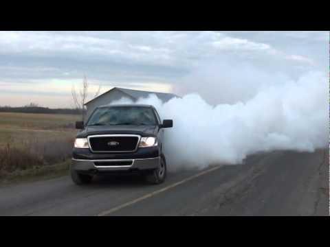 Ford F-150 2007 Big Burnout !!